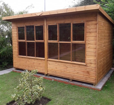 Solar potting shed for all year round gardening